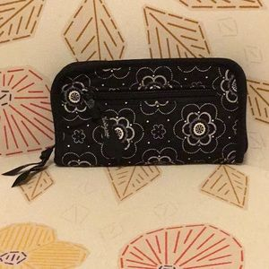 Black and White Floral Print Wallet by Thirty-One